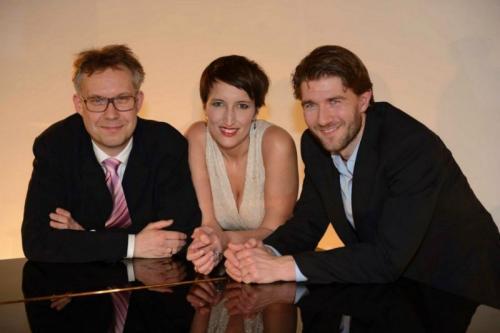 2013-02-26 Stina Schmidt, mezzosopran, Jens Søndergaard , bas baryton, og pianist Søren Pedersen